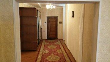 раззакова 2 в Кыргызстан: Сдается квартира: 3 комнаты, 150 кв. м, Бишкек