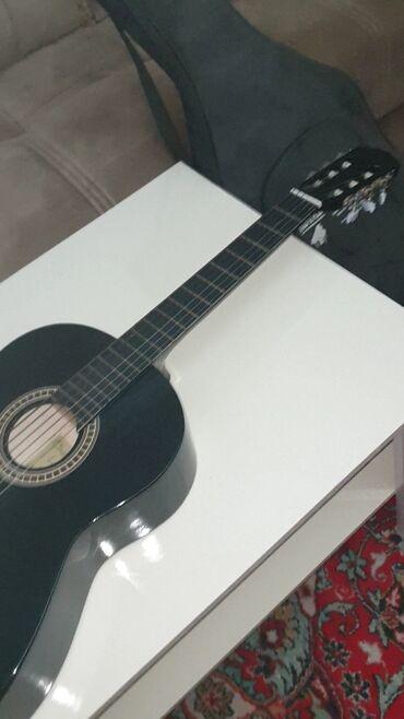 gitara satilir в Азербайджан: Gitara satilir