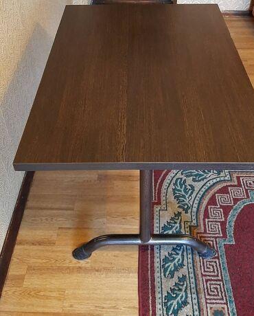 Продаю стол В наличие 2 штуки В хорошем состояние