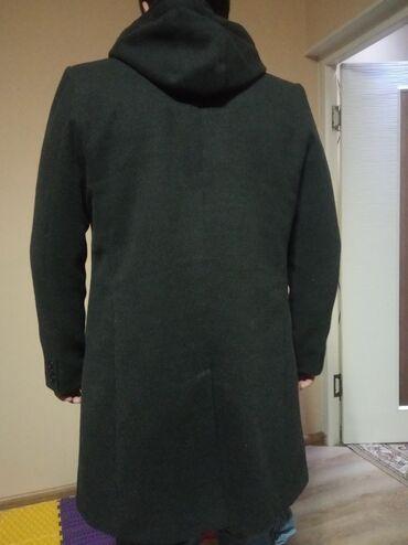 Срочно продаю пальто . Месяц ток таскал . брал за 7000 Турция