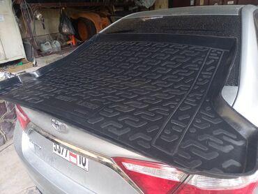 Коврик резиновый в багажник на Лексус GX 460 или Тойота Ланд Крузер