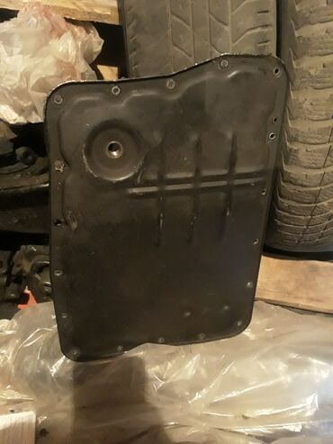 Поддон коробки Nissan primera p12 вариатор