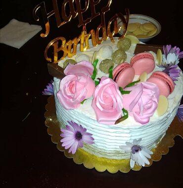 ketan yagi - Azərbaycan: Meyveli tort  1kg ucun: qaymaqli kremle-11azn kere yagi ile-13azn