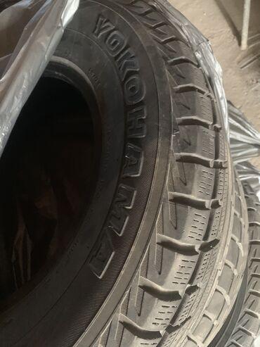 """шины на 17 цена в Кыргызстан: 265/70 R 17 """"YOKOHAMA"""" Ездили один сезон! Цена 9000! ! Для внедорожник"""