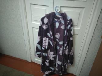 женское платье халат в Кыргызстан: Халат женский тёплый размер где то 42- 44б/у в хорошем состоянии за