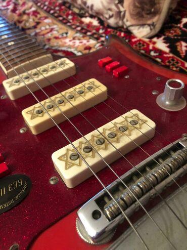 Гитары - Азербайджан: Gitara satilir 250 azn. Retro elektron Gitaradi saz