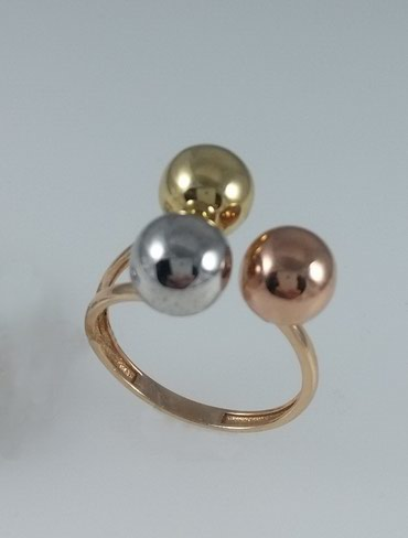 женское кольцо 19 размер в Кыргызстан: Кольцо эксклюзивное и золота Размер: 19 Цена: 9800 Сом