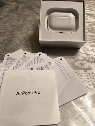 - Azərbaycan: Apple Airpods Pro 3 heftedir alinib hersheyi ishleyir problemi qet