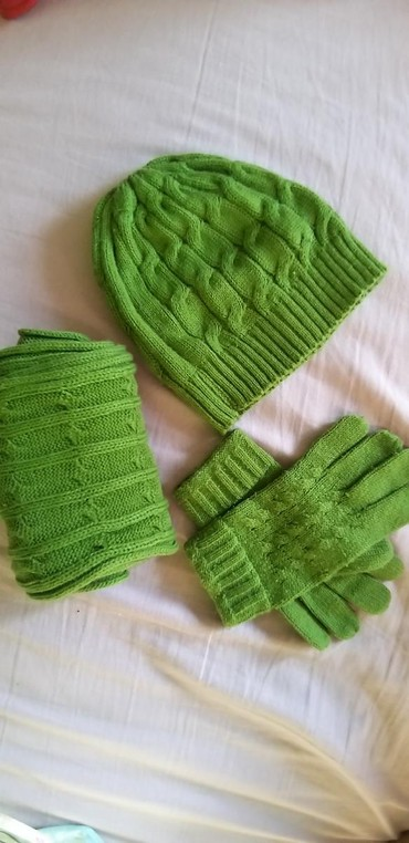 TODOR komplet za zimu (kapa, šal, rukavice) - Crvenka