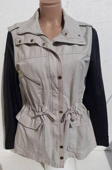 H&M JAKNA OD KEPERA vel. 42H&M jakna za prelazni period