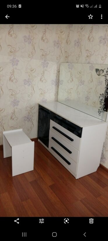 3 х комнатная квартира в бишкеке в Кыргызстан: Продается квартира: 3 комнаты, 58 кв. м