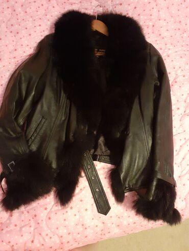 Kozna jakna sa krznom - Srbija: Kozna jakna sa krznom velicina L.Nova bez ostecenja