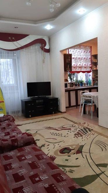 Продается квартира: 3 комнаты, 74 кв. м., Бишкек в Бишкек