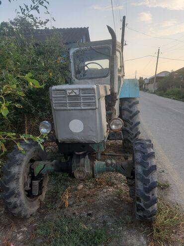 114 elan   NƏQLIYYAT: Satilir t_42 traktoru. 4×4 rol gidravika. Prsep ayri satila biler
