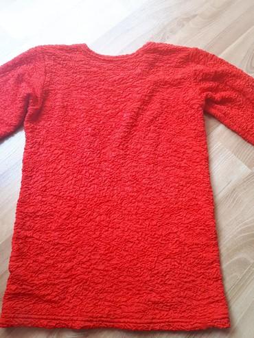 Bluza kao nova bez tragova nosenja, jako rastegljiva, odgovara S/M br. - Despotovac - slika 3