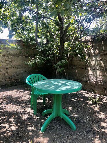 Набор :стол и кресла 4 шт.- для двора-2000 сом