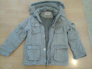 Zimska jaknica za devojcice sa kapuljacom nalozena.Vel 12 - Bajina Basta