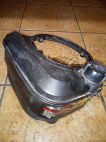 Prodajem rezervoar za Briks Stations motore 5 , 6 i 6,75 konja za - Belgrade