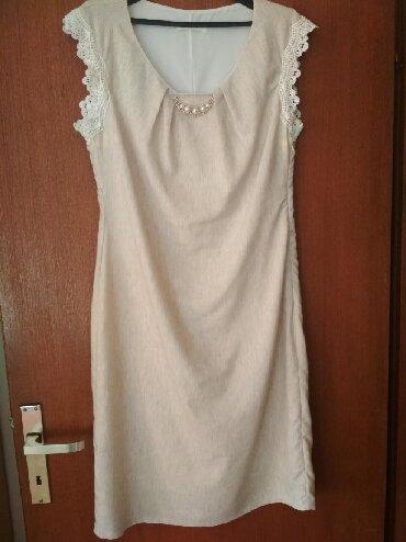 Haljine - Paracin: Svecana elegantna bez haljina vel 44.Prijatna za nosenje, jednom