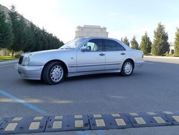 Mercedes-Benz 320 3.2 l. 1998 | 260000 km
