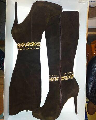 Новые теплые сапожки на каблуке 12 см.Замша,внутри мех. Турция.размер