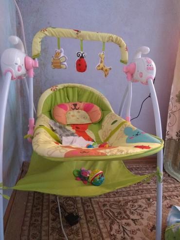 Продаю электрический шезлонг новый имеется музыка для малышей в Бишкек
