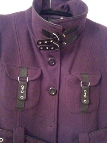 Sirina ramena sa - Srbija: Zenski kratki kaput sa koznim kopcama kupljen u italiji. Boja tamno