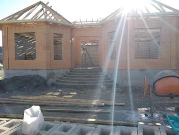 daye isleri - Azərbaycan: Her nov beton qelib isleri gorulur arka pilleken temel monalit baseni
