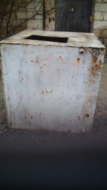 demir su cenleri в Азербайджан: Bir tonug demir su ceni