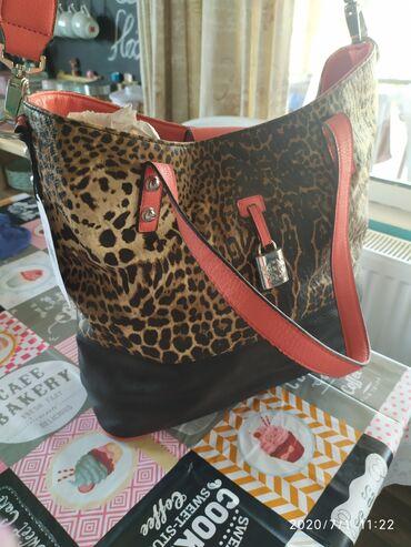 Μεγάλη τσάντα δερμάτινη Jessica Simpson αφορετη
