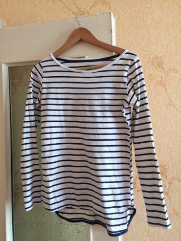футболку размер 42 44 в Кыргызстан: Размер 42-44,состояние хорошее,200с