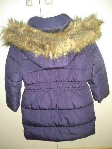 Zimske jakne sa krznom - Srbija: Prodajem zimsku jaknu marke C&A za devojčice, očuvana, bez