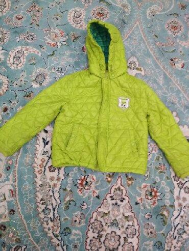 детские куртки комбинезоны в Кыргызстан: Детские куртки. 1)600сом, комбинезон 1000сом, куртка со штанами 800сом