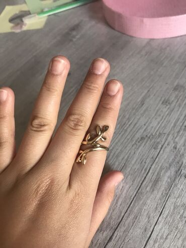 Кольцо в хорошем состоянием