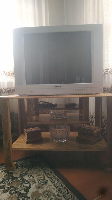 Электроника - Красная Речка: Продаю телевизор с тумбой можно по отдельности