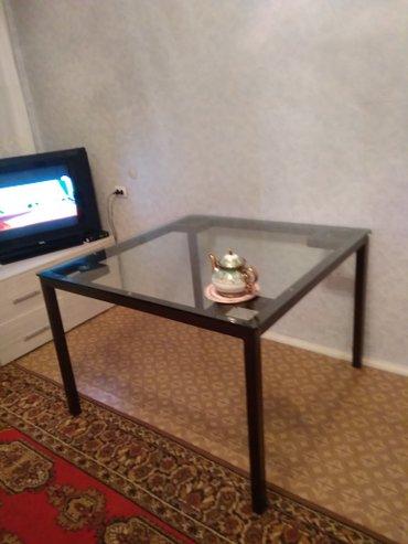 Продаю новый стеклянный стол с металлическим каркасом. Размер в Бишкек