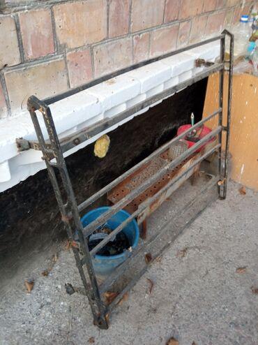 Транспорт - Чон-Далы: Багажник в нормальном состоянии, все штучки есть. Отдам за 1500