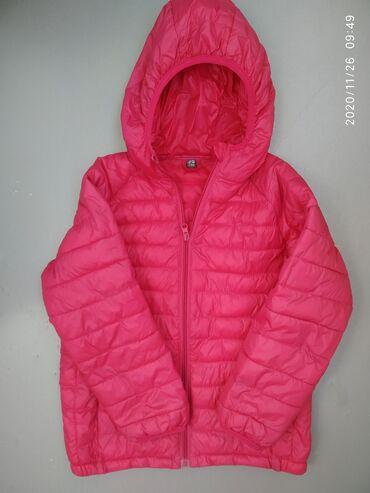 Куртка в идеальном состоянииРостовка 140На 7-10 лет в зависимости от