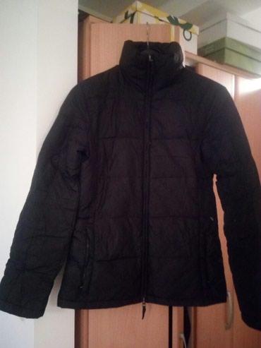 Ženska perjana jakna marke Benetton,očuvana.Veličina M. - Cacak