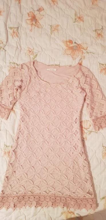 Prelepa haljinica, veličina S/M. Made in Italy. Kvalitetna čipka.   - Raska