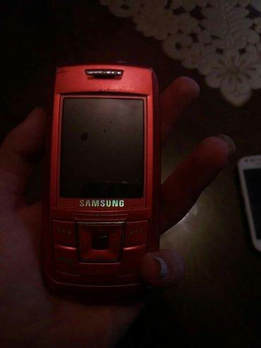 Mobilni telefoni - Leskovac: Crveni samsung i beli su neispravni oni su za delove a sivi sony