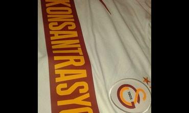 Sumqayıt şəhərində Galatasaray orjinal Nike (teze)..GS storedan 150tl-ye alinib..m-l