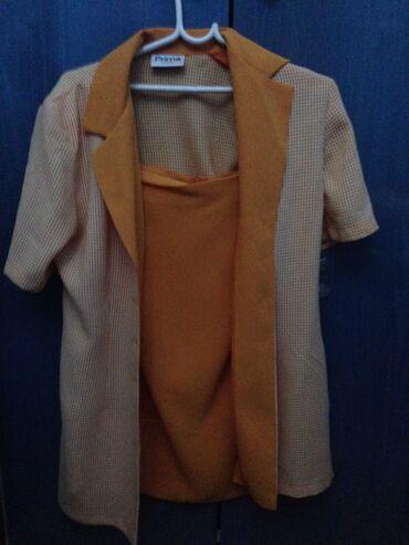 Ostalo | Paracin: Sako i suknja