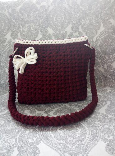 Bordo torbica - Srbija: Rucno heklana torbica borde boje . Moguce je naruciti u drugacijoj