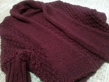 Jakna, džemper. Divan, mek i udoban džemper za proleće. Univerzalna - Vrbas