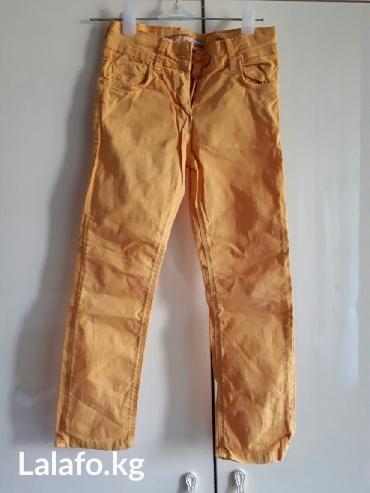 летние джинсы талия 58 см, ростовка 66 см в Лебединовка