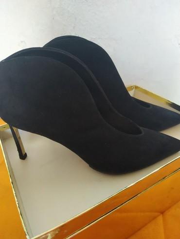 Новые, размер 39, каблук 8 см, Италия в Бишкек