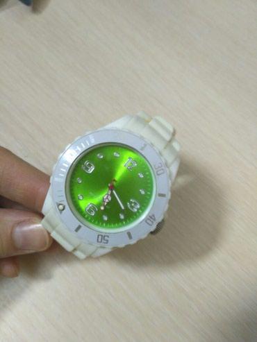 Женские Белые Наручные часы в Бишкек