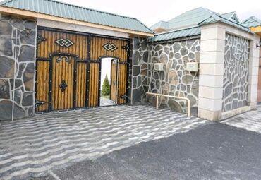 - Azərbaycan: Kirayə Evlər Sutkalıq vasitəçidən: 320 kv. m, 4 otaqlı