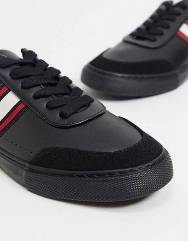Женская обувь - Кыргызстан: Продаю новые кеды/кроссовки asos design. Размер 43-44. Заказали на